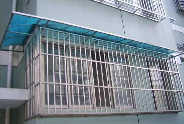 不锈钢防护栏价格