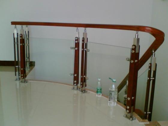 石家庄玻璃楼梯扶手护栏