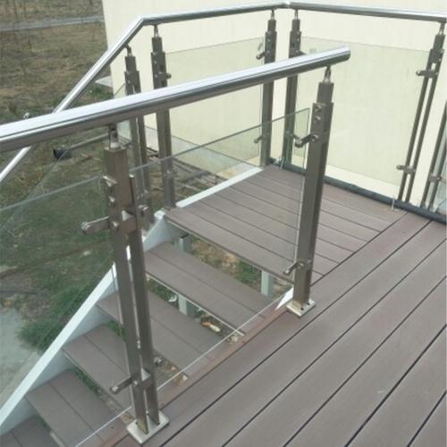 石家庄玻璃楼梯扶手护栏厂家